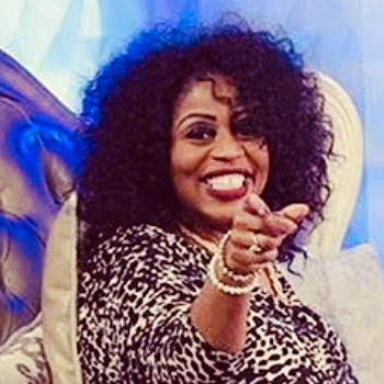 Lady Ramona Derrick